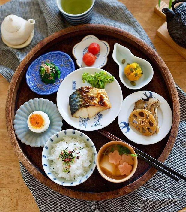 Người Nhật lười tập thể dục nhưng tỷ lệ sống sót khi mắc ung thư vẫn cao hơn hẳn các nước khác: Bí mật nằm ở 3 thói quen cực đặc biệt - Ảnh 3.