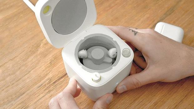 Máy giặt AirPods - Thiết bị dễ thương giúp chiếc tai nghe không còn là nỗi ám ảnh - Ảnh 2.