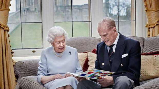 Những hình ảnh cuối cùng của chồng Nữ hoàng Anh - Hoàng tế Philip, trước khi qua đời ở tuổi 99 - Ảnh 11.