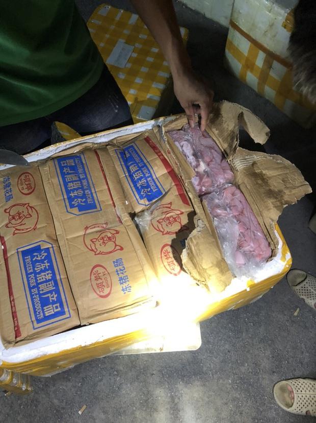 Gần 1 tấn nội tạng trâu bò, trứng gà non hôi thối đi xe khách Bắc - Nam suýt lên bàn nhậu - Ảnh 4.