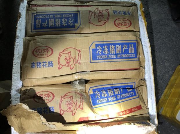 Gần 1 tấn nội tạng trâu bò, trứng gà non hôi thối đi xe khách Bắc - Nam suýt lên bàn nhậu - Ảnh 5.