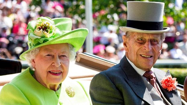 Nóng: Hoàng thân Philip - chồng Nữ hoàng Anh qua đời ở tuổi 99 - Ảnh 3.