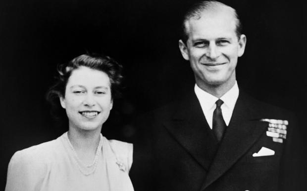 Chuyện tình 7 thập kỷ của Hoàng thân Philip và Nữ hoàng Anh qua lời người trong cuộc: Trân trọng từ những điều nhỏ nhất, ở bên nhau đến đầu bạc răng long - Ảnh 1.