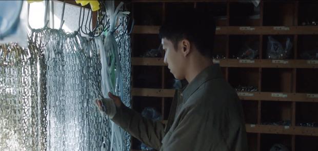 Mouse liên hoàn sốc: Lee Seung Gi hết bóp cổ crush đến điên tiết giết người, netizen la ó cùng biên kịch với Penthouse hay gì - Ảnh 6.