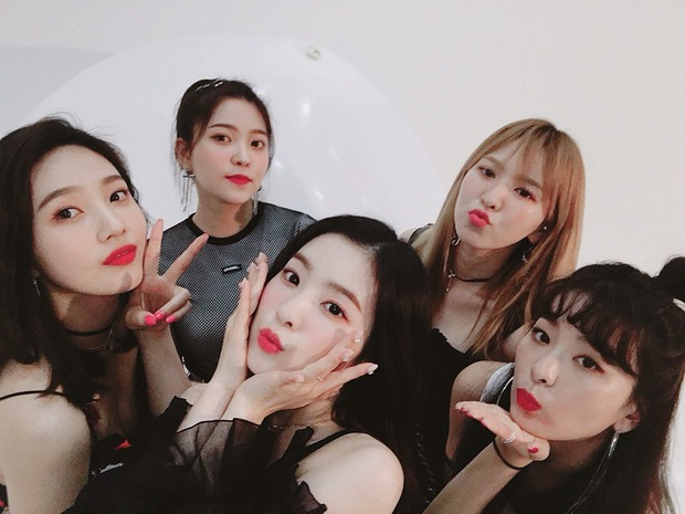 Red Velvet cực tinh tế trong cách gửi đồ ăn đến trường quay ủng hộ Wendy: chi tiết nhỏ nhưng ai cũng ngợi khen - Ảnh 3.