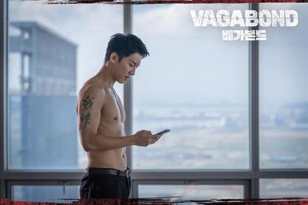 Chết lịm với 6 nam thần hành động của phim Hàn: Ngầu như Hyun Bin với Song Joong Ki ai mà chẳng mê! - Ảnh 2.