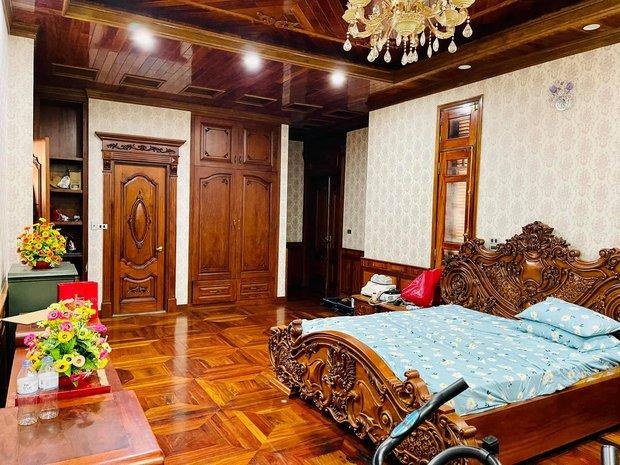 Biệt thự bề thế của gia đình 9X Bắc Ninh: Diện tích 400m2 với 4 tầng, nội thất tinh xảo toàn gỗ nguyên khối nhập từ Lào - Ảnh 13.