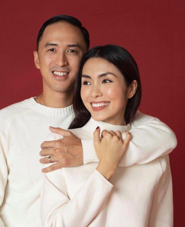 Đi bê tráp kiểu Hà Tăng và chồng đại gia: Visual đỉnh cao gây sốt, tiện chụp ảnh kỷ niệm nhìn tưởng cảnh phim ngôn tình - Ảnh 5.