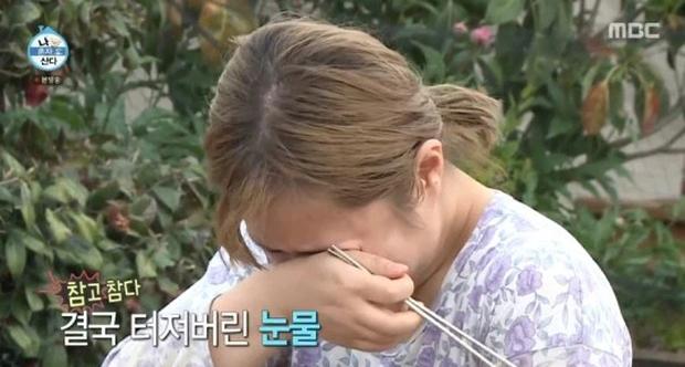 Bị cảnh sát điều tra, sao nữ quấy rối tình dục Kai (EXO) bật khóc, liên tục nói lời xin lỗi trên sóng truyền hình - Ảnh 2.
