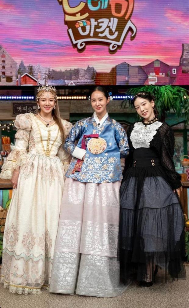 3 mỹ nhân SNSD đánh lẻ trên show, hội chị em ở nhà liền PR nhiệt liệt - Ảnh 1.