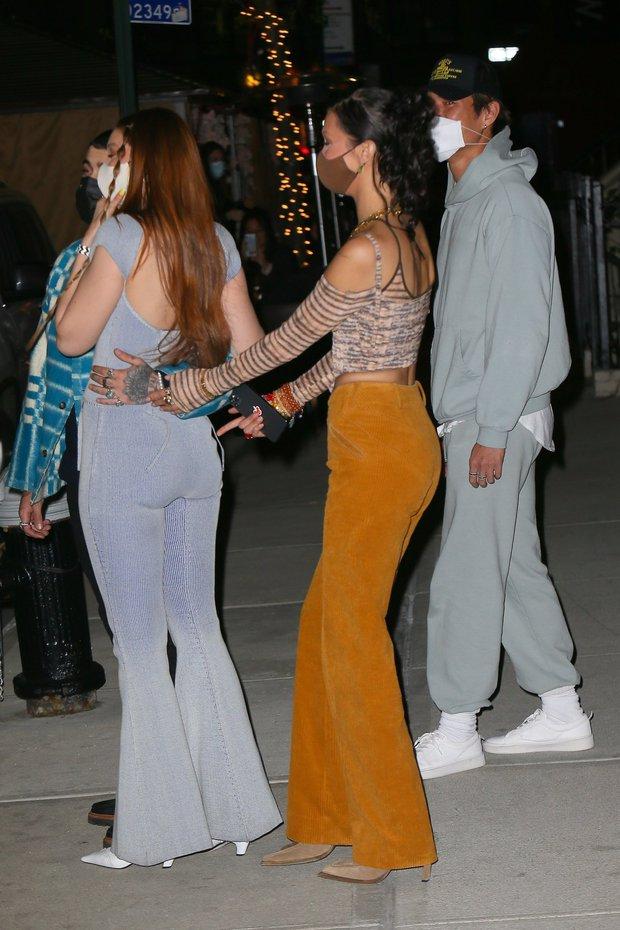 Cô em đáng đồng tiền bát gạo: Thấy bàn tay hư hỏng của anh rể Zayn, Bella bèn ra tay xử lí luôn để bảo vệ bà chị Gigi Hadid - Ảnh 6.