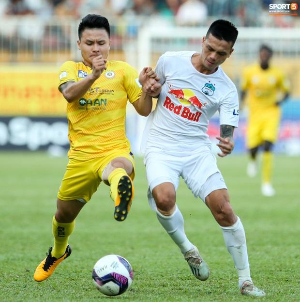 Dẹp mộng vô địch, Hà Nội FC cần cầu mong HAGL và Viettel FC tiếp tục thắng - Ảnh 1.