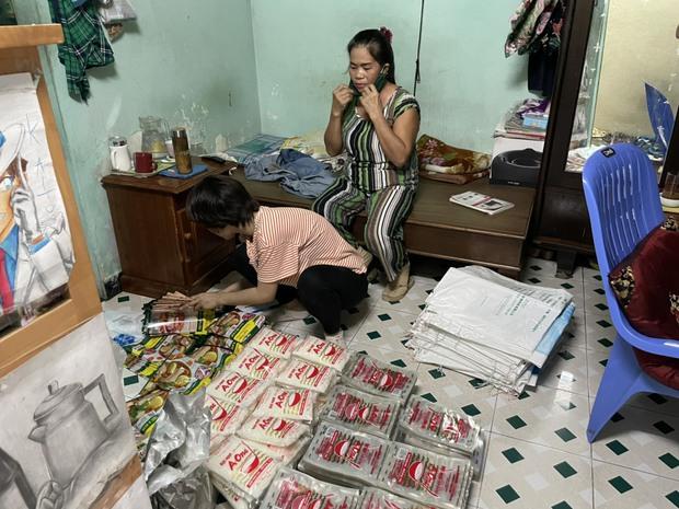 Phát hiện đường dây làm giả bột ngọt, hạt nêm cung cấp cho các chợ ở Đà Nẵng - Ảnh 1.