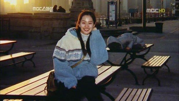 Bạn học cũ hé lộ nhan sắc thật của Kim Tae Hee thời đại học: Tình cờ gặp ở nhà vệ sinh cũng biến mọi người thành... mực vì quá đẹp - Ảnh 4.