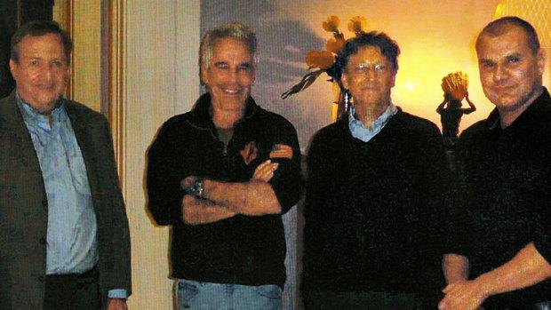 Hé lộ lý do thực sự khiến vợ chồng Bill Gates ly hôn: Bà Melinda bất bình vì chồng quen biết tội phạm tình dục? - Ảnh 1.