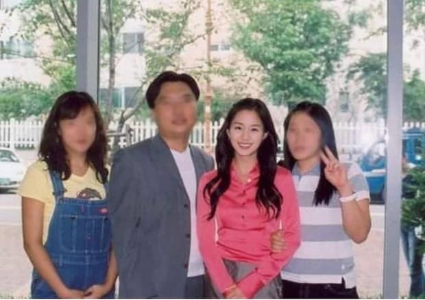 Bạn học cũ hé lộ nhan sắc thật của Kim Tae Hee thời đại học: Tình cờ gặp ở nhà vệ sinh cũng biến mọi người thành... mực vì quá đẹp - Ảnh 7.