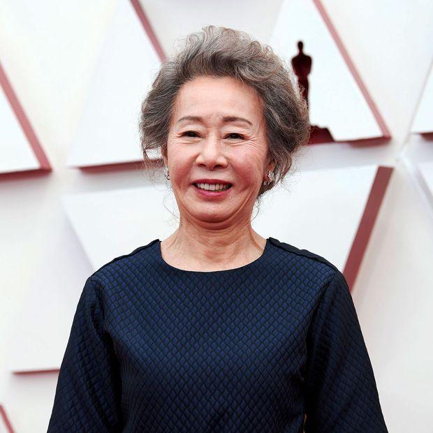 Sao Hàn 74 tuổi thắng giải Oscar gây bão với quan niệm: Không hài lòng con dâu thì tránh nhau mà sống, muốn con cưới người mình chấm là ngốc nghếch - Ảnh 2.