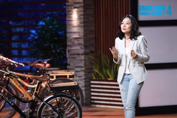 Shark Phú gây tranh cãi vì gật đầu chốt deal với nữ CEO xinh đẹp, tuyên bố không quan tâm đến sản phẩm chỉ quan tâm đến em thôi - Ảnh 3.