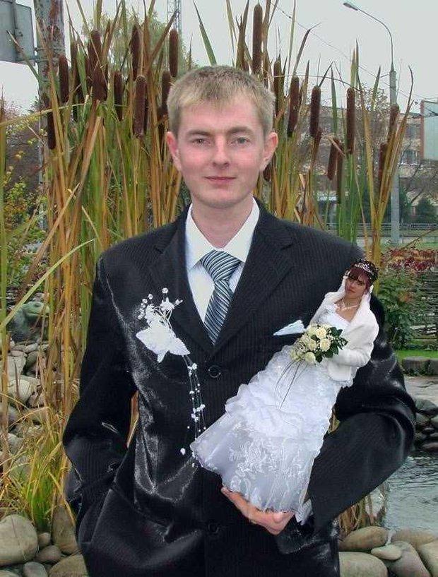 Tuyển tập những tấm ảnh cưới không đẹp tí nào nhưng chắc chắn cô dâu chú rể đều... vui tính - Ảnh 9.
