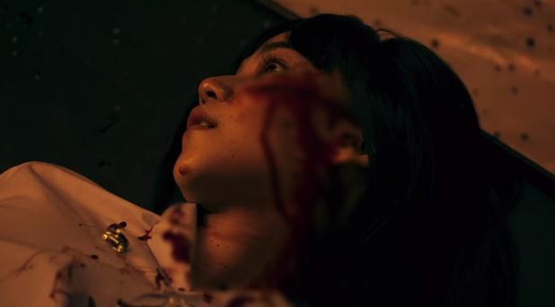 8 cảnh máu me, bạo lực rợn người ở Girl From Nowhere 2: Tới độ giết người moi ruột thì cũng chào thua biên kịch! - Ảnh 7.