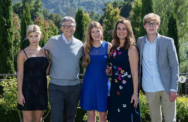 3 con nhà tỷ phú Bill Gates - tinh hoa của cuộc hôn nhân 27 năm cùng vợ cũ: Nhìn profile học tập khủng chỉ biết xuýt xoa con nhà người ta - Ảnh 1.