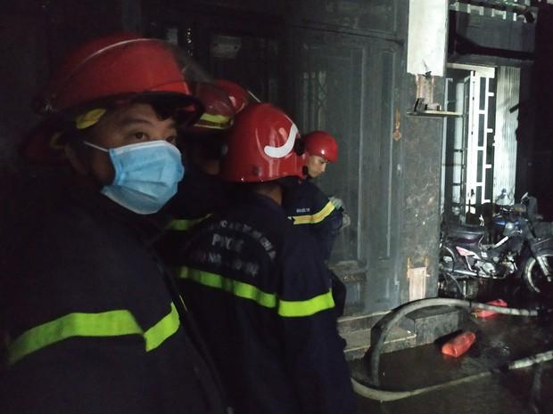 Công an xem xét dấu hiệu phạm tội trong vụ cháy khiến 8 người tử vong thương tâm ở Sài Gòn - Ảnh 4.