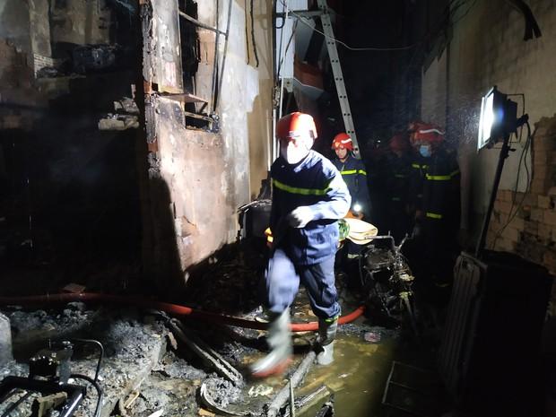 Công an xem xét dấu hiệu phạm tội trong vụ cháy khiến 8 người tử vong thương tâm ở Sài Gòn - Ảnh 3.