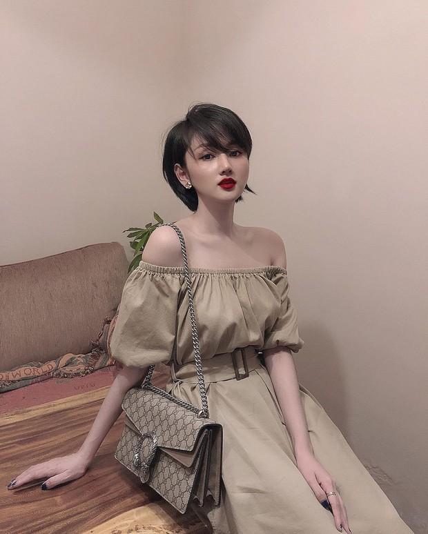 Cựu hot girl Sài Gòn khoe nhan sắc mẹ đẹp nức nở, di truyền hết cho con gái ở hiện tại - Ảnh 1.