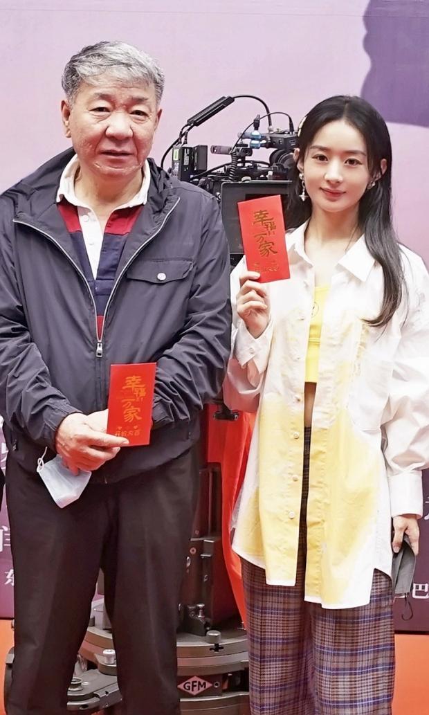 SỐC: Phùng Thiệu Phong tung clip ngoại tình của Triệu Lệ Dĩnh với đạo diễn 67 tuổi, nữ diễn viên khóc lóc xin lỗi - Ảnh 6.
