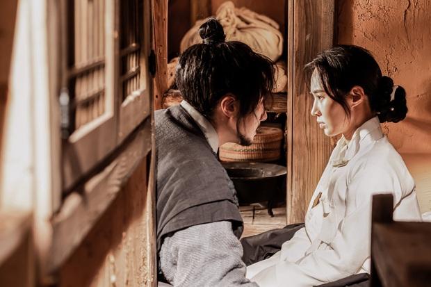 Bom tấn cổ trang của Yuri (SNSD) được netizen nức nở khen: Nội dung chuẩn mực, diễn viên lại cực xinh - Ảnh 6.