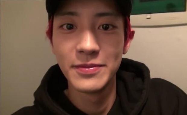 Chanyeol nhập ngũ xong da xuống cấp hẳn nhưng phản ứng của netizen mới bất ngờ - Ảnh 1.