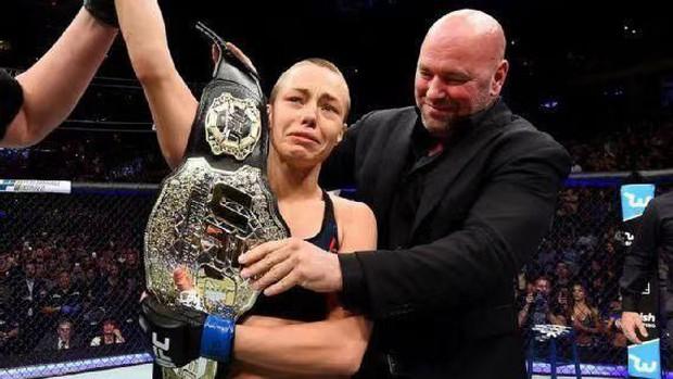 """Võ sĩ Mỹ dùng chính """"đòn hiểm"""" của Lý Tiểu Long để hạ đệ nhất MMA Trung Quốc - Ảnh 3."""