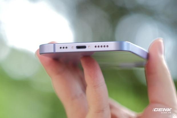Trên tay iPhone 12 màu tím mộng mơ mới, giá chính hãng 22 triệu đồng, lên kệ trong tháng 6 - Ảnh 7.