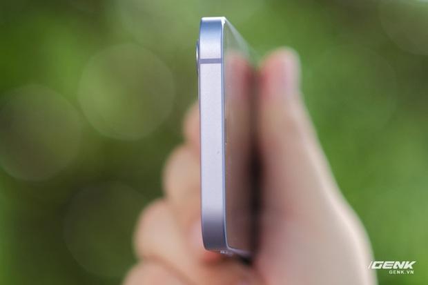 Trên tay iPhone 12 màu tím mộng mơ mới, giá chính hãng 22 triệu đồng, lên kệ trong tháng 6 - Ảnh 9.