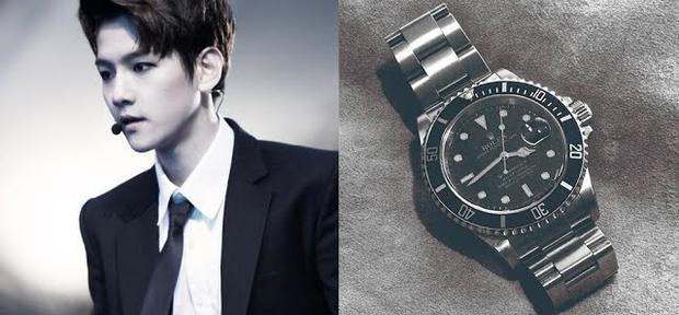 6 lần fan gây sốc vì tặng idol quà khủng: Jungkook nhận thỏi vàng và đồng hồ nửa tỷ, nữ idol debut 2 tháng đã có núi hàng hiệu - Ảnh 6.