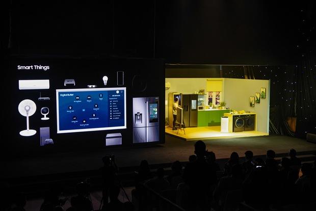 Tại sao thiết bị điện tử nào bây giờ cũng có AI? Từ smartphone lan tới TV và giờ là máy giặt - Ảnh 1.