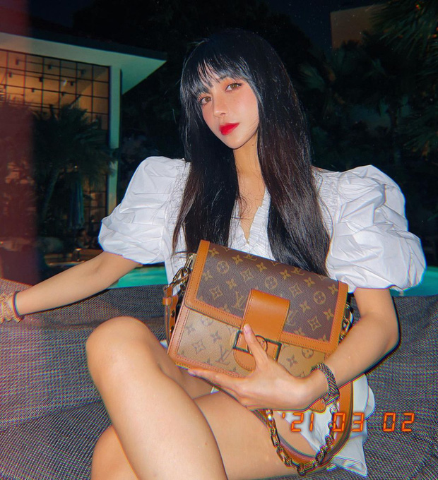 Trang Anna bị chị em thân thiết tố suốt ngày than hết tiền nhưng sắm từ kẹp tóc 8 triệu đến túi Chanel 170 triệu - Ảnh 6.
