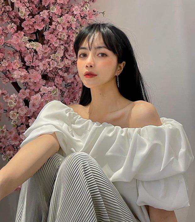 Trang Anna bị chị em thân thiết tố suốt ngày than hết tiền nhưng sắm từ kẹp tóc 8 triệu đến túi Chanel 170 triệu - Ảnh 1.