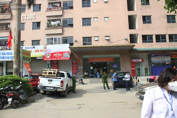 Hà Nội: Phong tỏa chung cư Đại Thanh sau khi ghi nhận ca dương tính với SARS-CoV-2 - Ảnh 1.