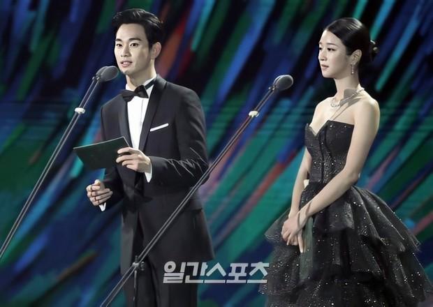 Điên nữ Seo Ye Ji từng rung chuyển Baeksang với visual ngộp thở bên Kim Soo Hyun, dự năm nay bung tỏa mặc kệ phốt đây - Ảnh 4.
