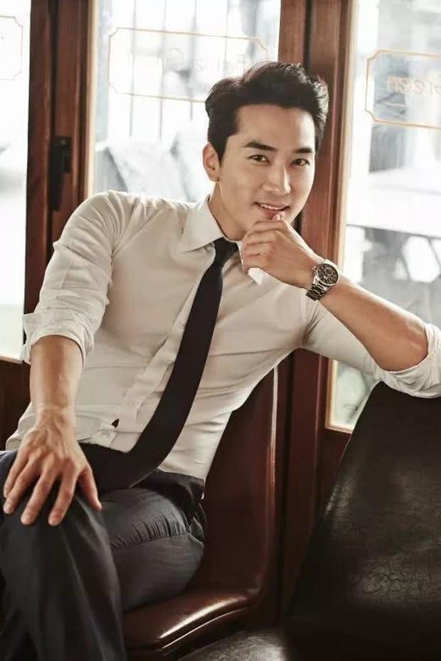 Sao Hàn lên chức CEO: Tài tử Bae Yong Joon thành ông hoàng đế chế, Ha Ji Won - Hyun Bin chưa sốc bằng nam idol Kang Daniel 23 tuổi - Ảnh 9.