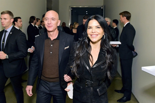 Siêu du thuyền nửa tỷ USD của Jeff Bezos: Cú chuyển mình từ tỷ phú lập dị sang tay chơi? - Ảnh 1.