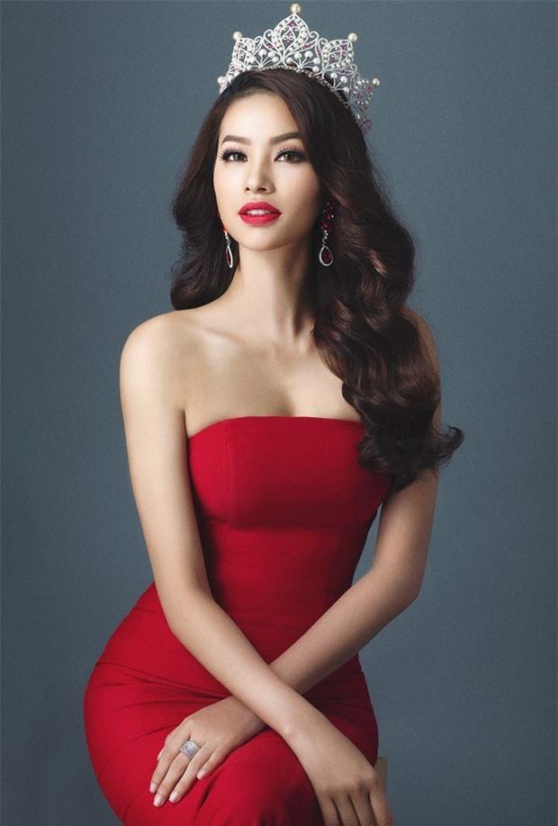 Năm Phạm Hương thi, Miss Universe từng xảy ra sự cố chấn động cả thế giới, Á hậu bật khóc trao lại vương miện cho Hoa hậu - Ảnh 8.