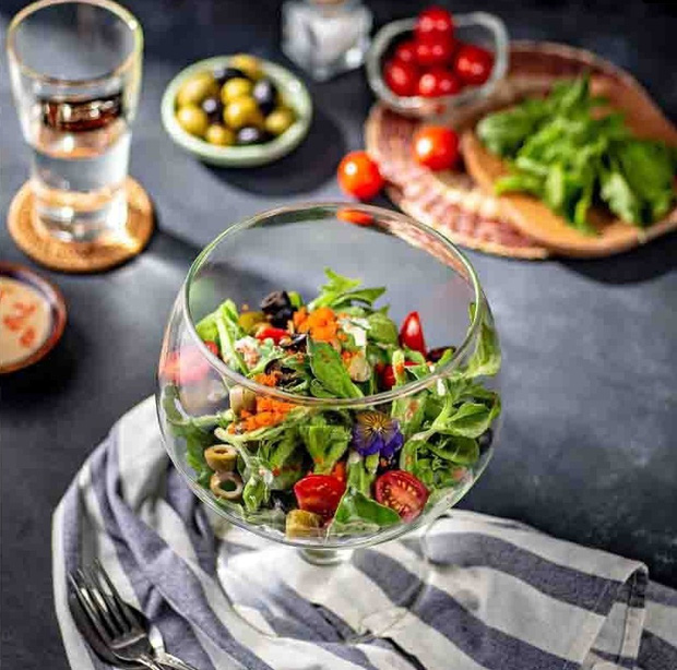 Loại rau đắt hơn thịt mà Ngọc Trinh ăn hàng ngày để giữ dáng và giúp đẹp da - Ảnh 5.