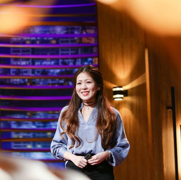 Không phải lần đầu Shark Phú thả thính nữ CEO ngay trên sân khấu, 3 năm trước là: Nhìn em anh thích đầu tư rồi! - Ảnh 2.