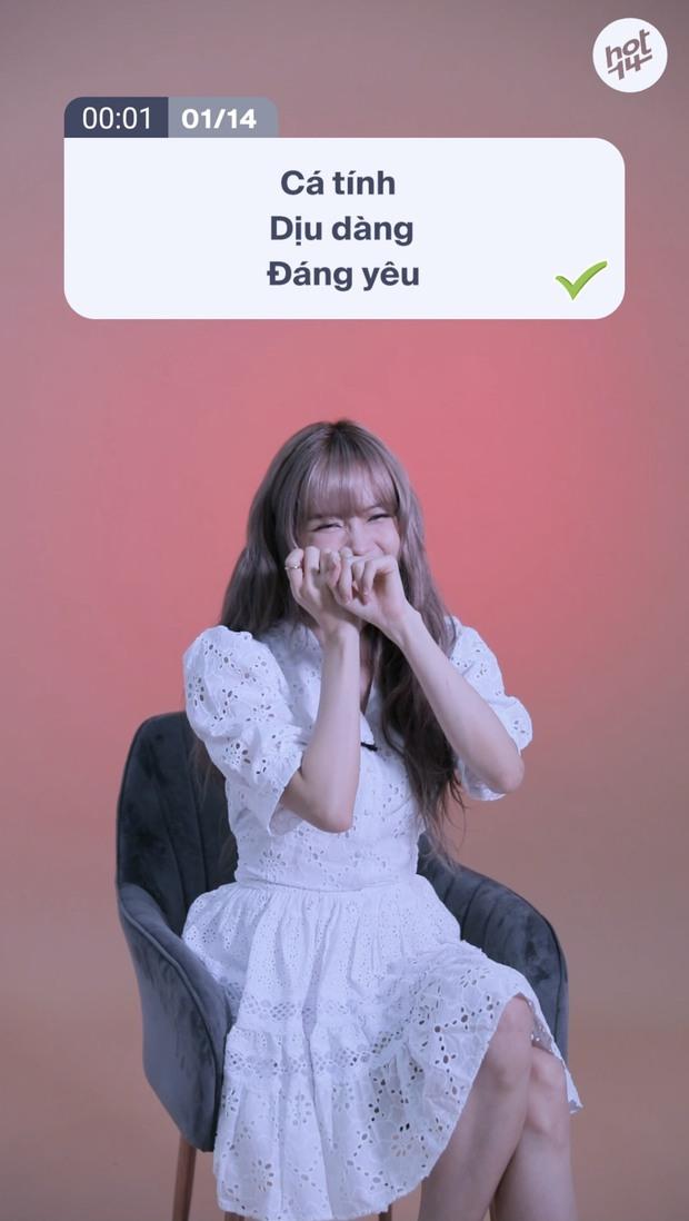 Thiều Bảo Trâm tiết lộ điểm chung giống Lisa (BLACKPINK): Đi diễn không thể thiếu bảo bối này! - Ảnh 2.