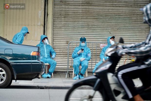 Đôi vợ chồng ở quận Thanh Xuân dương tính SARS-CoV-2: Từng du lịch Đà Nẵng, khám ở BV Hữu Nghị, chơi golf, dự đại hội cổ đông và rất nhiều cuộc họp - Ảnh 5.