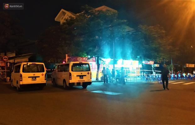 Đà Nẵng phát hiện hơn 30 ca dương tính SARS-CoV-2 mới: Phong tỏa khẩn cấp khu công nghiệp, xét nghiệm 700 người trong đêm - Ảnh 7.
