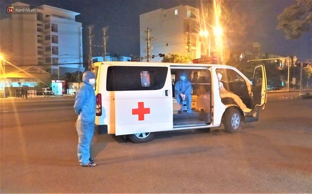 Hơn 30 ca dương tính SARS-CoV-2 mới, Đà Nẵng phong tỏa khẩn cấp khu công nghiệp trong đêm - Ảnh 13.
