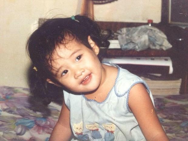 Hành trình lột xác của Khánh Vân: Từ cô bé niềng răng, da đen nhẻm đến mỹ nhân toả sáng ở đấu trường nhan sắc lớn nhất hành tinh - Ảnh 5.